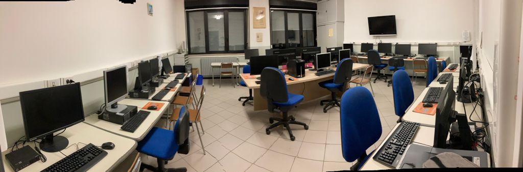 Nuova Aula Informatica